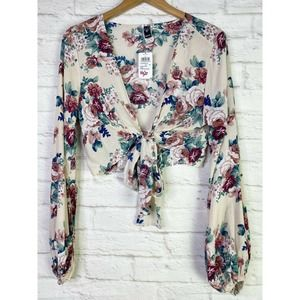 🌵NWT Windsor Floral Balloon Sleeve Knot Front Cro
